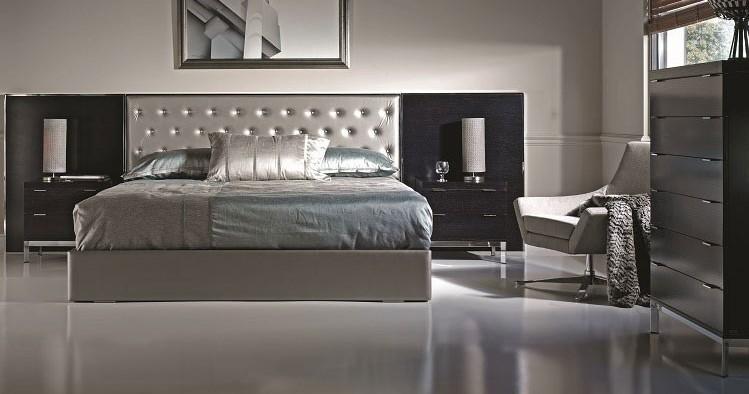 Bed chrome-upholstered City 3
