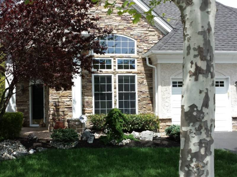 Residential window cleaning by GEM Home Maintenance