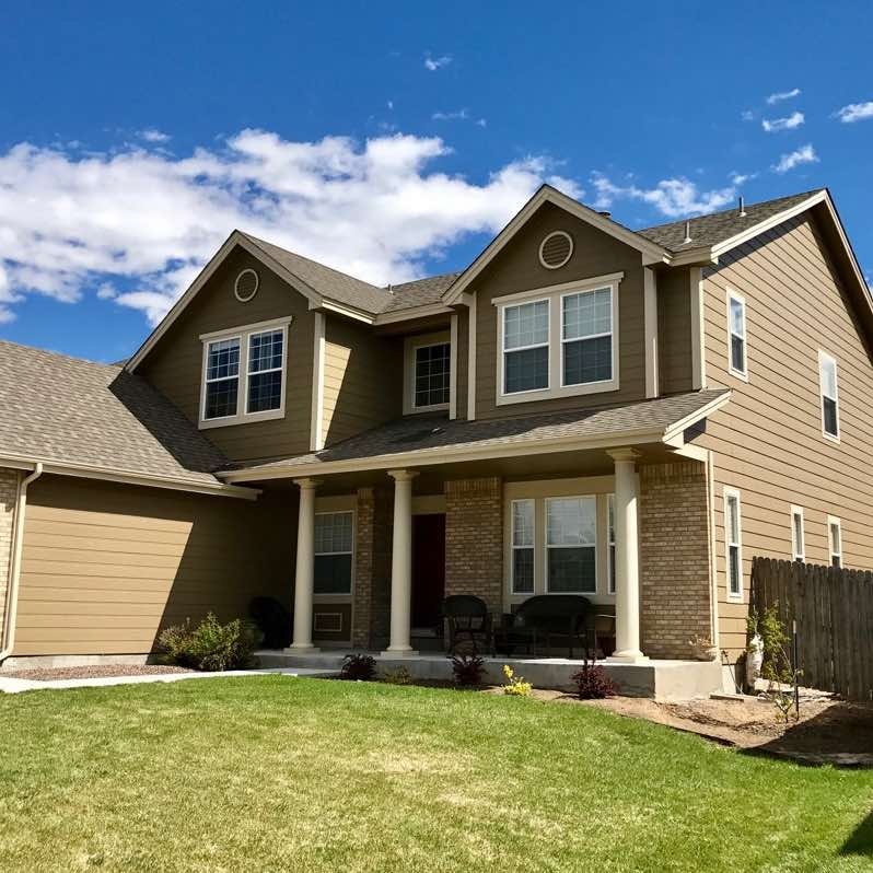 Home in Centennial CO with clean windows