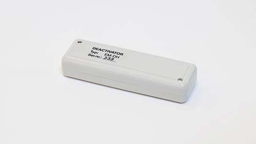 Deactivator | EM-DH Handheld deactivator. Hand held version for libraries. Permanentmagnet