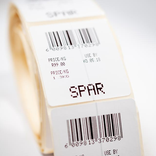 EM FOOD LABEL | Label which has been designed to go through all types of weigh-scale printers, without effecting the print quality in order to protect fresh and frozen meat, fish and cheese.