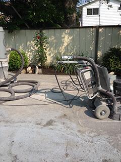 Pool repair - swimming pool repair service, concrete pool, gunite repair, deck and crack pool repair Montreal Laval Longueuil Qc