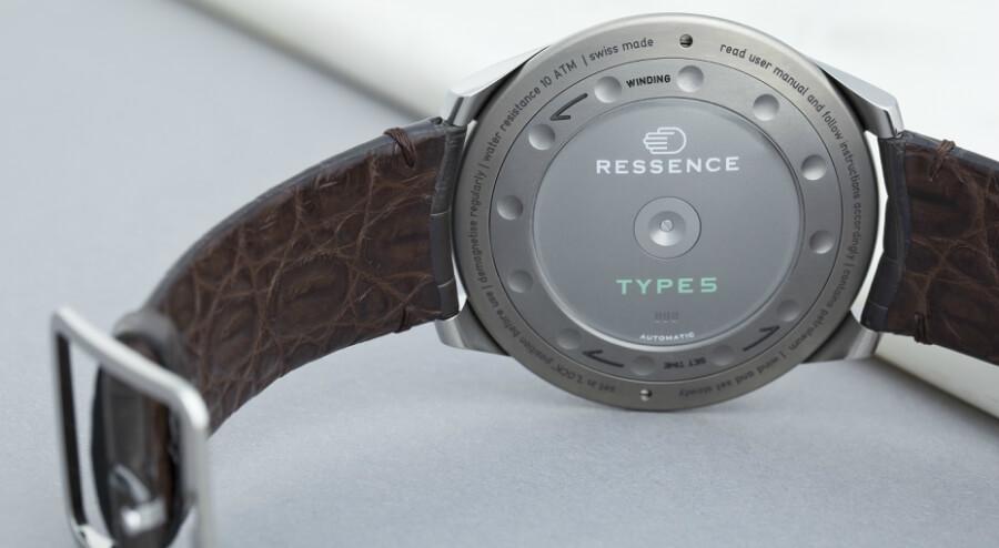 ressence type 5g caseback