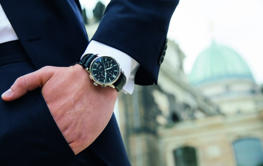 ‍Glashutte Original Senator Chronograph Panorama DateWatch Review