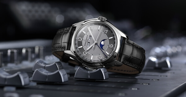 SIHH 2018 Vacheron Constantin Presents Its New FIFTYSIX Collection
