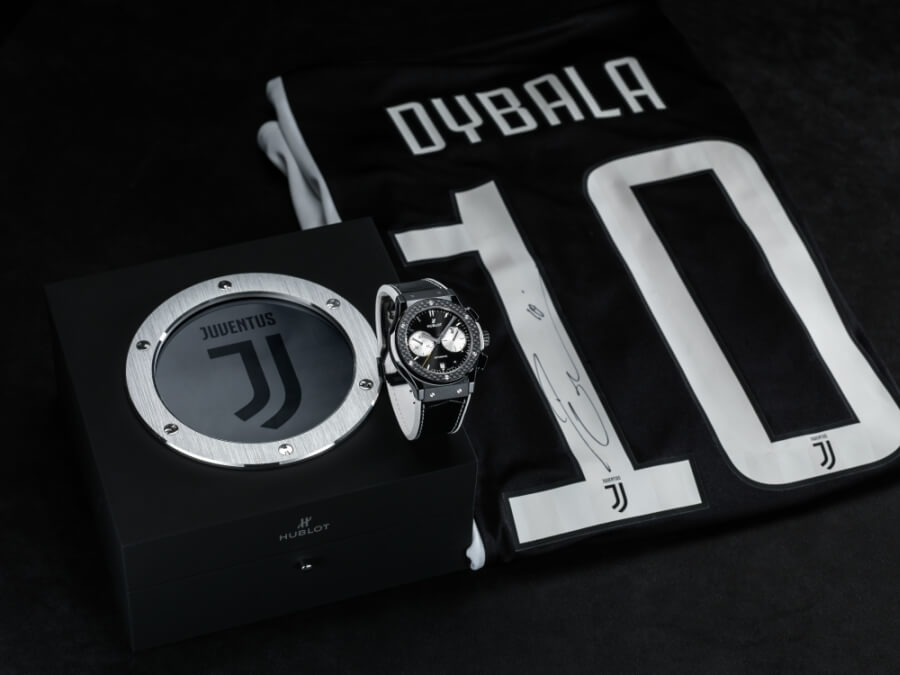 Dybala watch wearing