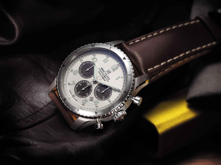 Breitiling Navitimer Aviator 8 B01 Chronograph 43 Limited Edition