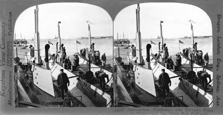 US Navy submarines battleships torpedo