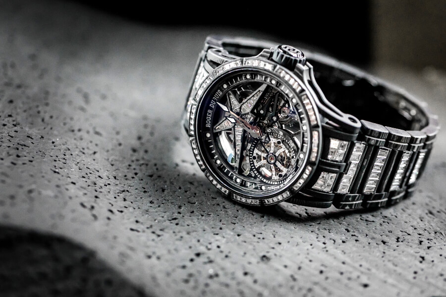 Roger Dubuis Excalibur Spider Ultimate Carbon Hands On