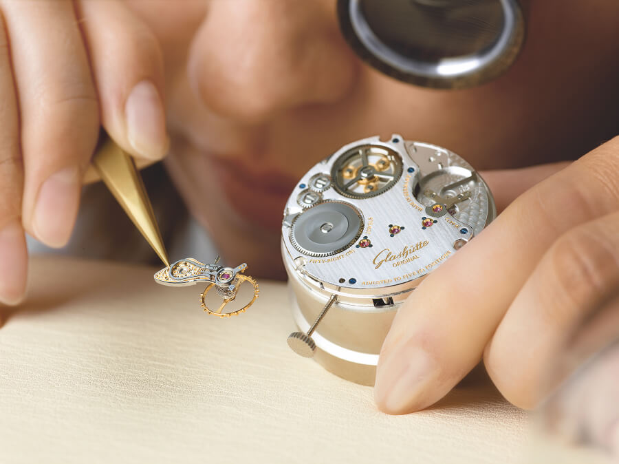 Glashutte Original Calibre 58 Assembly of oscillation system