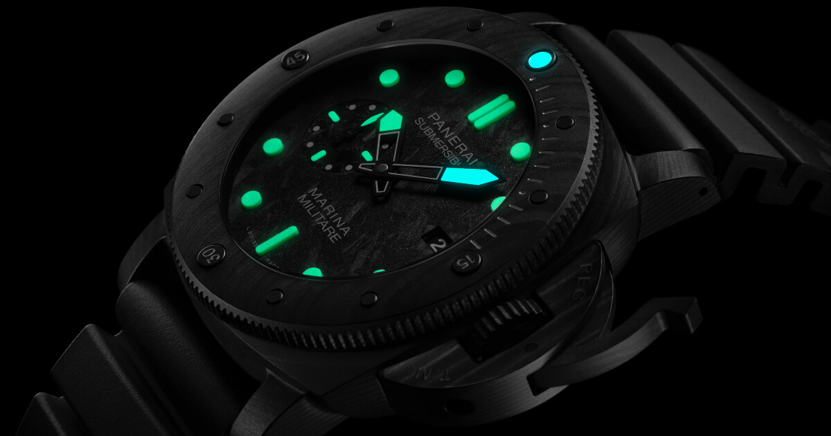 SIHH 2019: Panerai Submersible Marina Militare Carbotech - 47mm