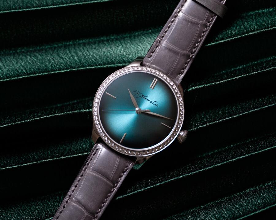 H. Moser & Cie. Endeavour Centre Seconds Diamonds Purity Watch Review