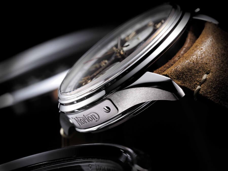 Breitling Premier B01 Chronograph 42 Norton Edition Case