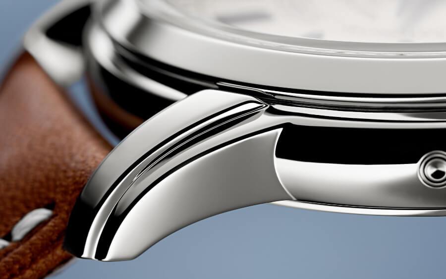 Patek Philippe Ref. 5212A-001 Calatrava Weekly Calendar  Steel