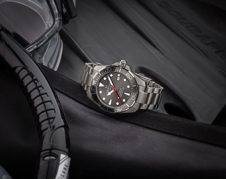 Certina DS Action Gent Diver Titanium Watch Review