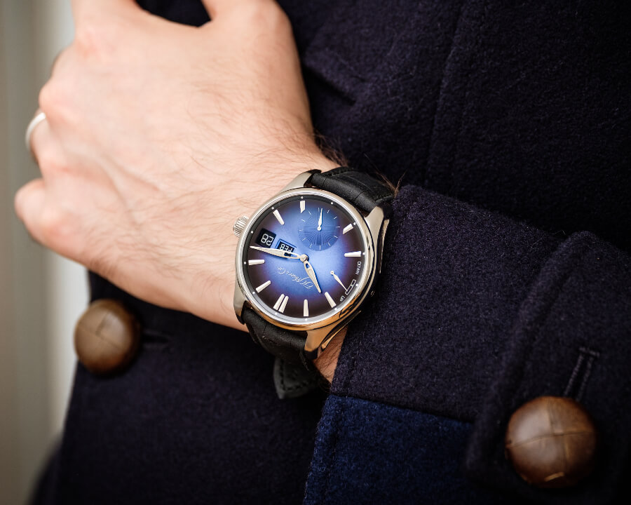 H. Moser & Cie. Pioneer Perpetual Calendar MD Watch Review