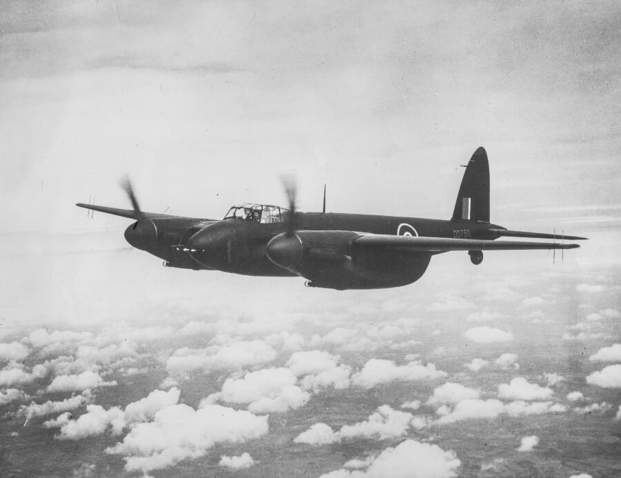 Image of a de havilland d.h.98 mosquito in its nightfighter version