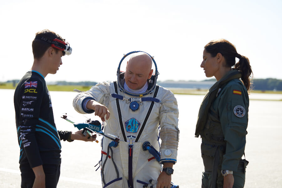 Breitling  Scott Kelly, Rocío González Torres, and Luke Bannister