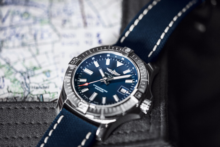 Breitling Avenger Automatic 43 Watch Review
