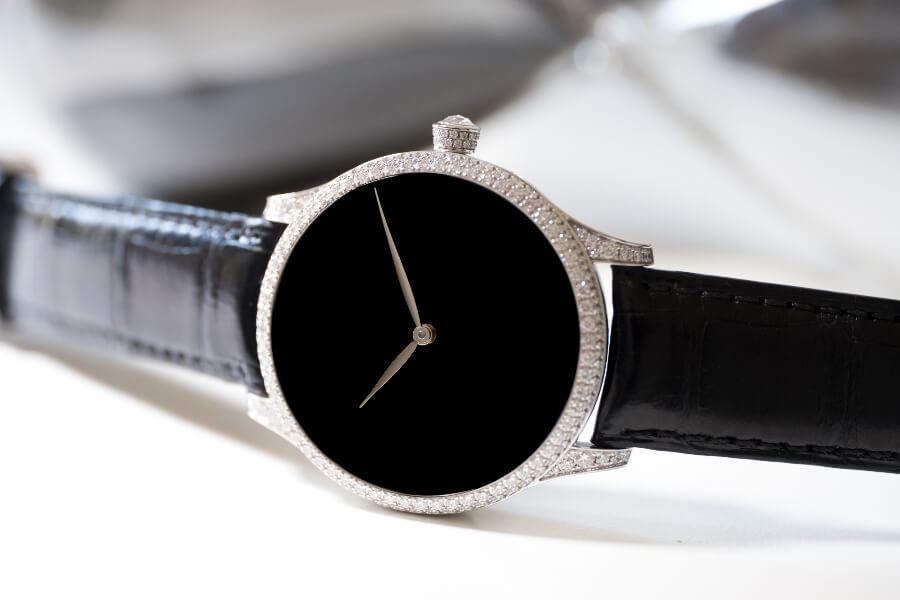 H. Moser & Cie. Venturer Concept Vantablack Diamonds Watch review