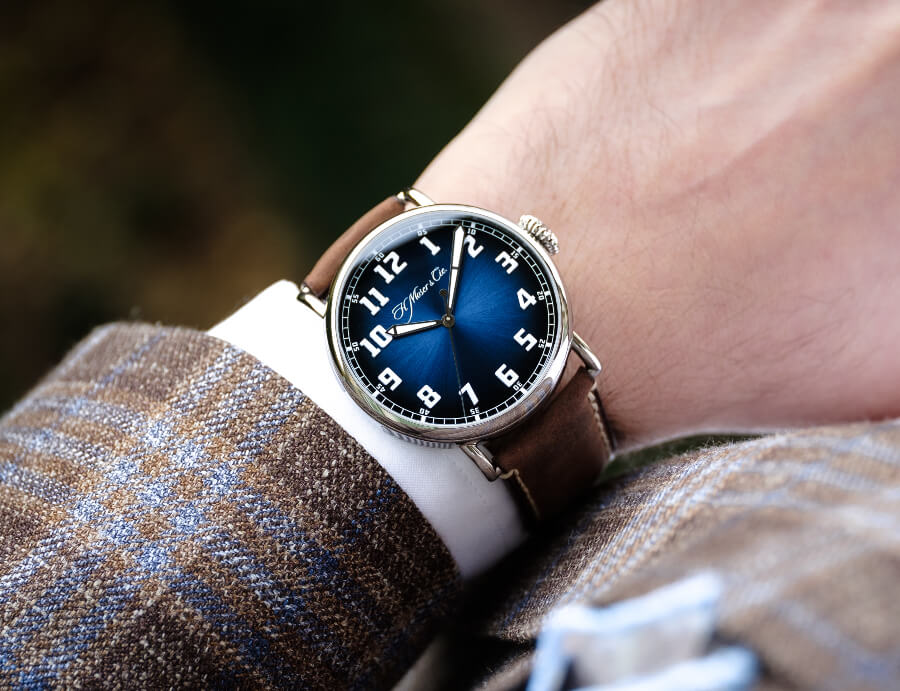 H. Moser & Cie. Heritage Centre Seconds Funky Blue Watch Review