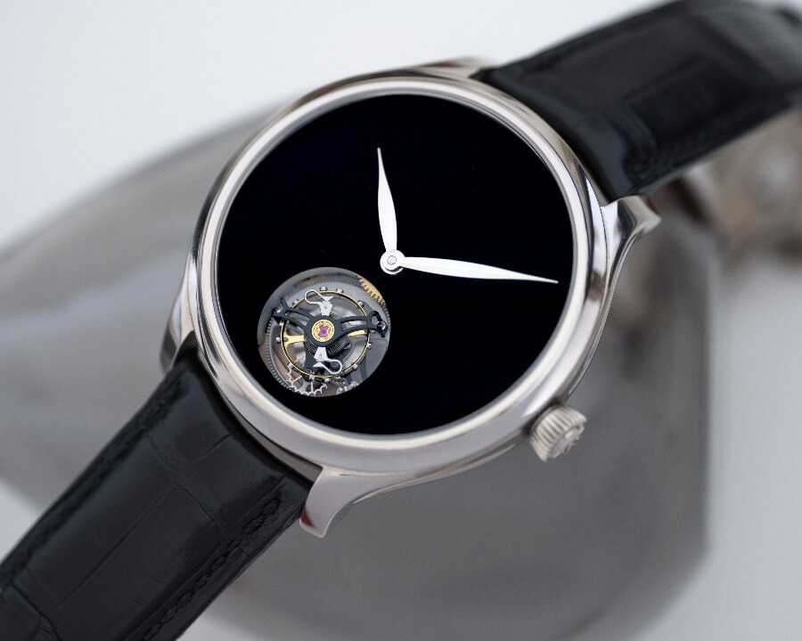 The New H. Moser & Cie. Endeavour Tourbillon Concept Vantablack