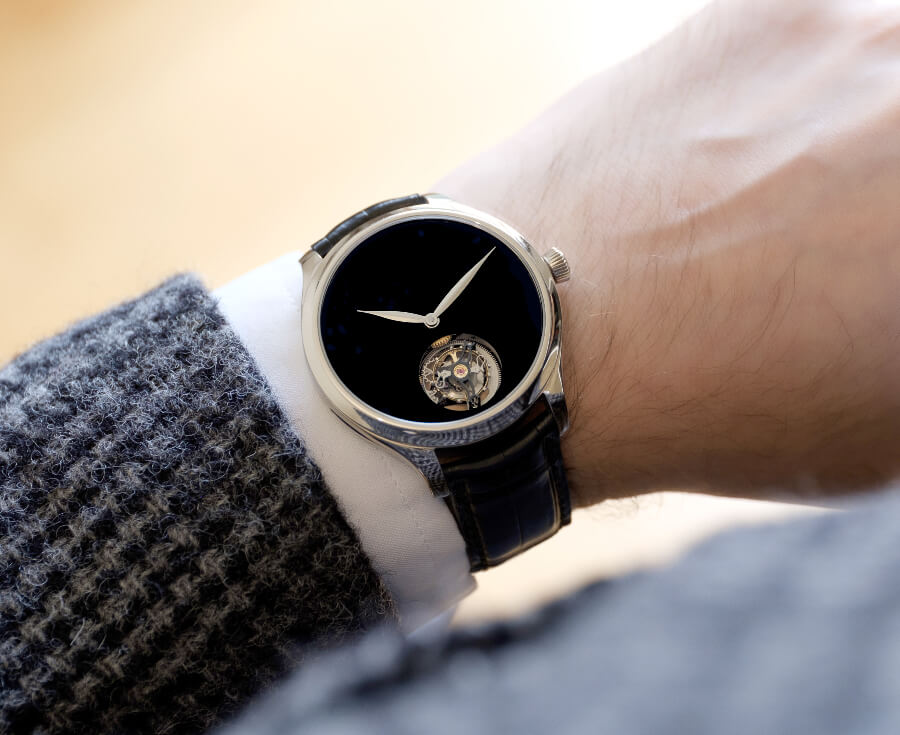 H. Moser & Cie. Endeavour Tourbillon Concept Vantablack Watch Review