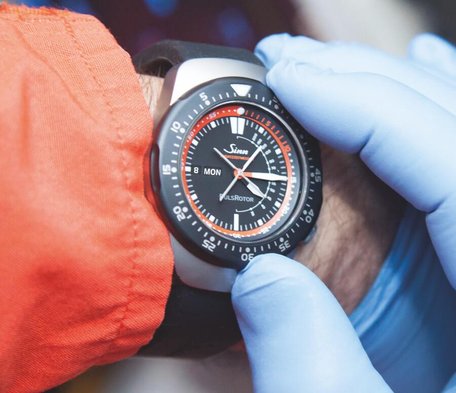 Sinn Spezialuhren EZM 12 Watch Review