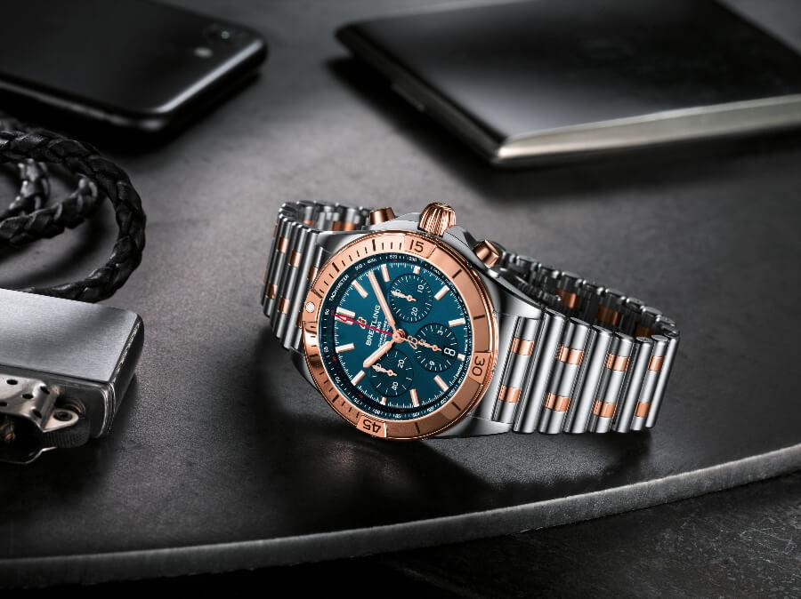 Breitling Chronomat B01 42 Gold Bezel watch Review