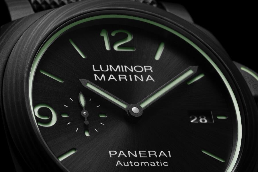 Panerai Luminor Marina Carbotech – 44 mm PAM01118 Dial