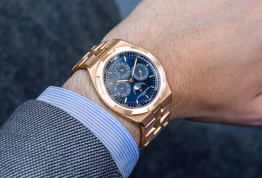 Vacheron Constantin Overseas Perpetual Calendar Ultra-Thin  Watch Review