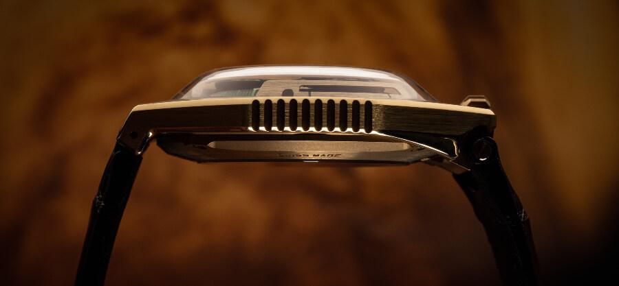 Urwerk UR-100 Gold Edition Watch Gold Case