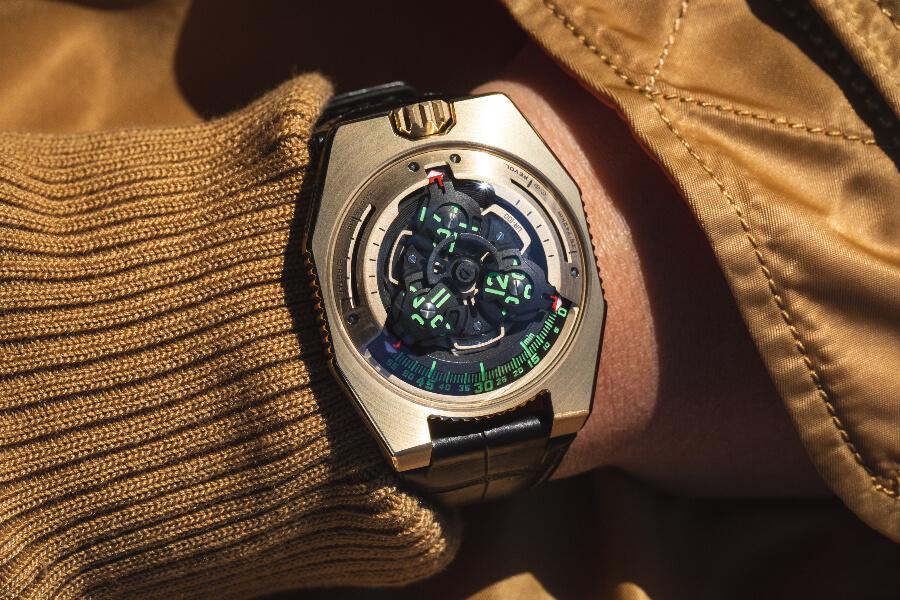 Star Wars Urwerk UR-100 Gold Edition Watch Review