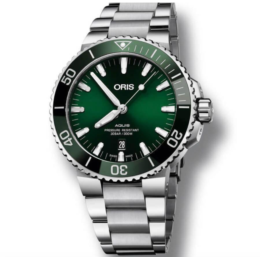 "A Unique Oris Aquis Date Green Dial 43.5mm ""Oris Bear"""