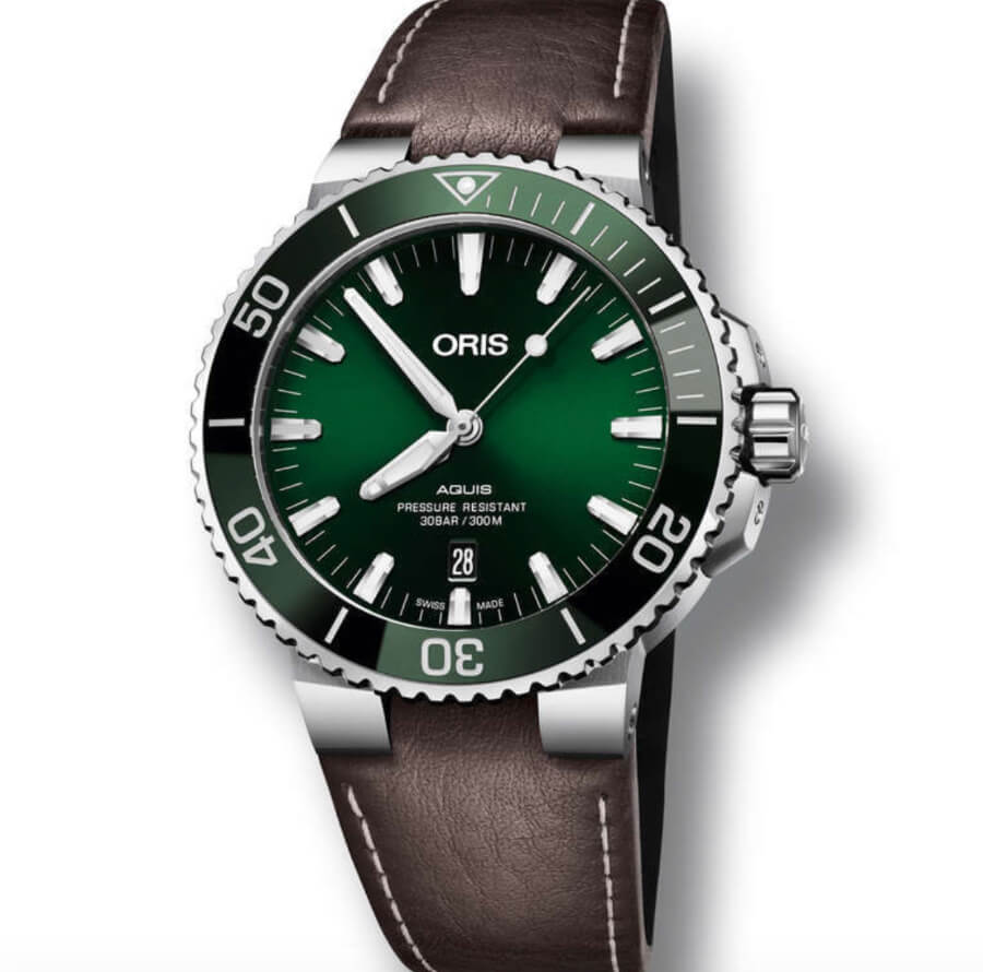 Oris Aquis Date Green Dial Watch review