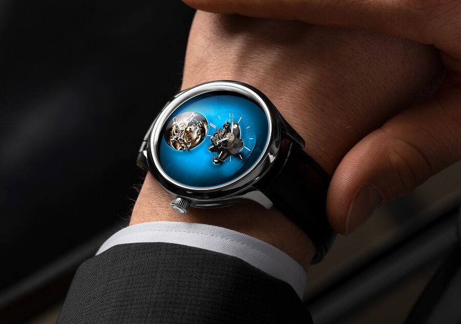H. Moser × MB&F Endeavour Cylindrical Tourbillon Watch Review