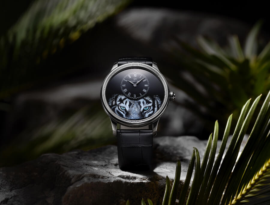 "Jaquet Droz Petite Heure Minute ""Tiger"" Watch Review"
