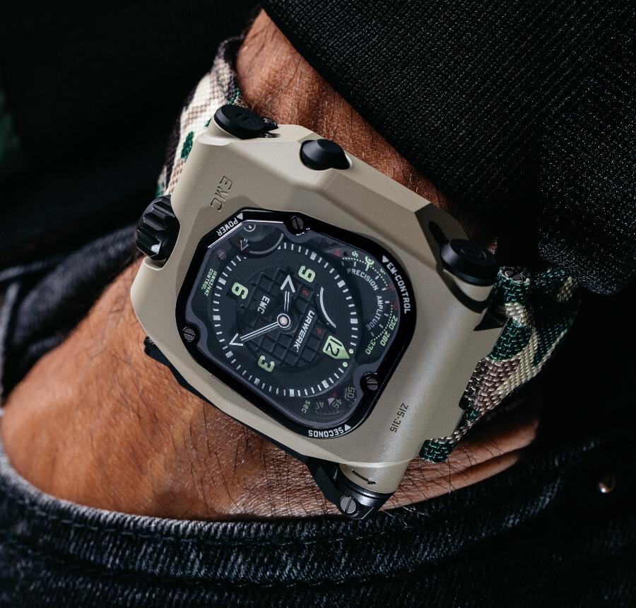 Urwerk EMC Time Hunter Desert Sage Hands On
