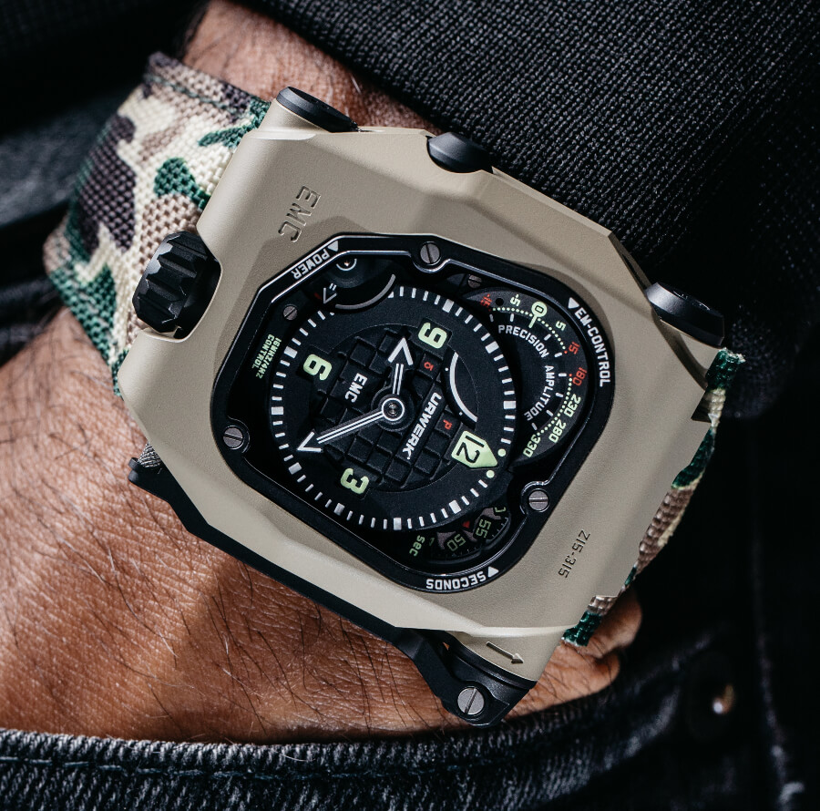 Men Watches Urwerk EMC Time Hunter Desert Sage