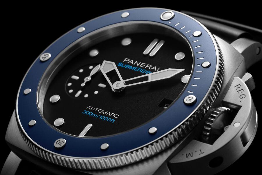 Panerai Submersible Azzurro – 42 MM PAM01209 Dial