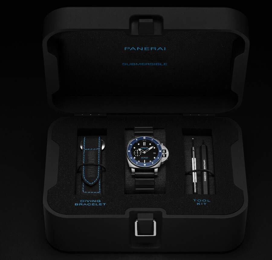 Panerai Submersible Azzurro – 42 MM PAM01209 Full Box for sale
