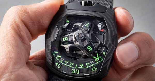 """Urwerk UR-220 """"Falcon Project"""" (Price, Pictures and Specifications)"""
