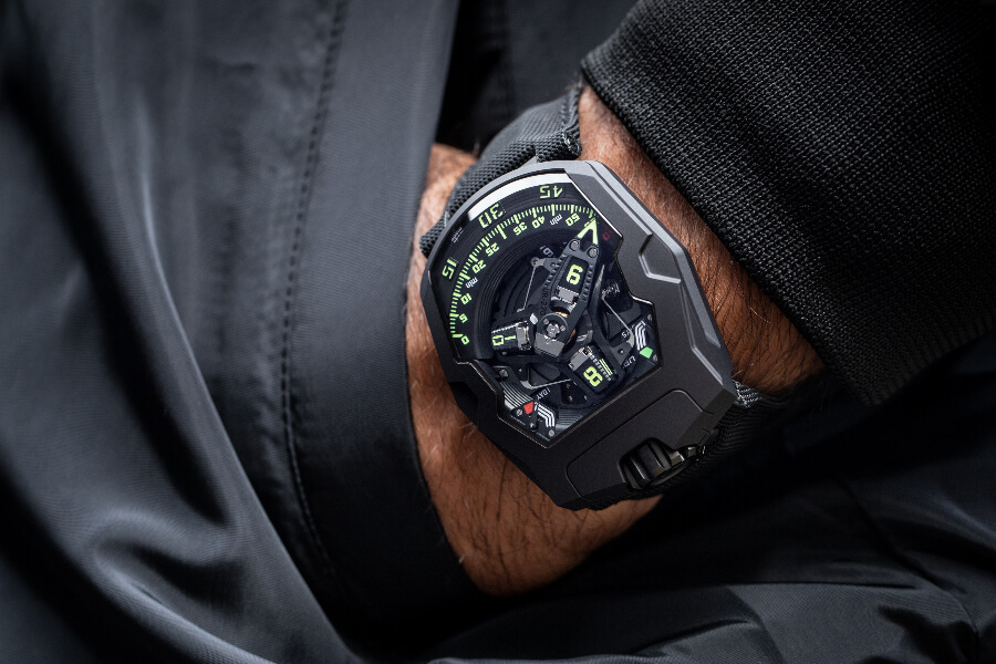 "Urwerk UR-220 ""Falcon Project"" All Black edition Watch Review"