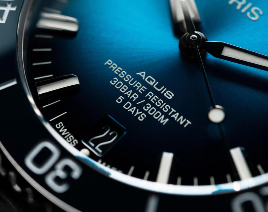 Oris Aquis Date Calibre 400 Blue Dial