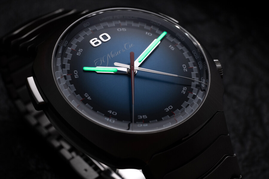 H. Moser & Cie. Streamliner Flyback Chronograph Automatic Funky Blue SuperLuminiova
