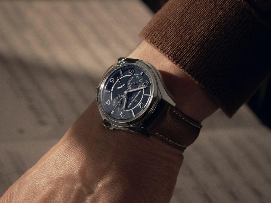 Review Vacheron Constantin Fiftysix Day-Date Petrol Blue Dial