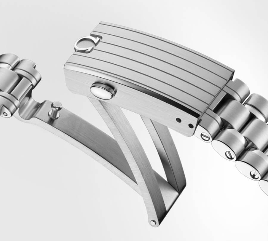 Omega Speedmaster Moonwatch Master Chronometer With Caliber 3861 Bracelet