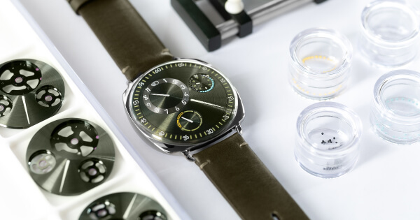 Ressence Type 1 Squared X (Price, Pictures and Specifications)
