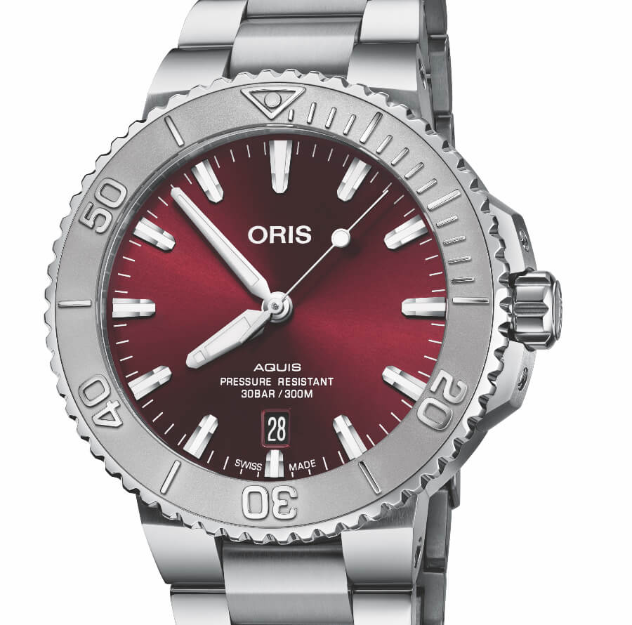 Oris Aquis Date Cherry Red 41.5 mm