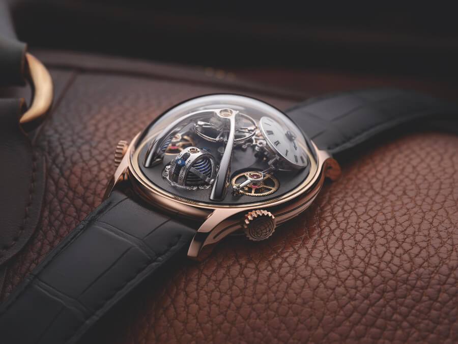 MB&F LMX Review